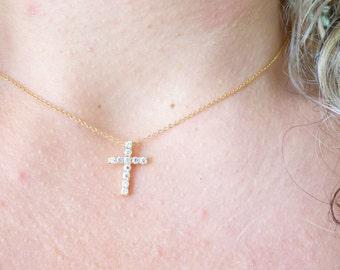 Tiny CZ Cross Necklace, Dainty Thin Gold Necklace,Delicate Everyday Crystal Necklace,Minimal Diamond Necklace,Simple Necklace,Modern Jewelry