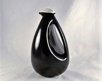 Carafe Pitcher Kenwood Black Bird Shawnee Pottery - Black & White MCM Deco Design