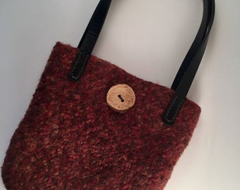 Felted fall color handbag with button
