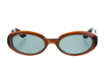 90s GUCCI Brown Resin Classic Oval Eye / Round Cat Eye Vintage Designer Sunglasses
