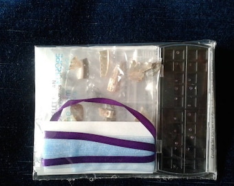 Kit for Norman pearl bracelet on pastel blue, purple satin and organza