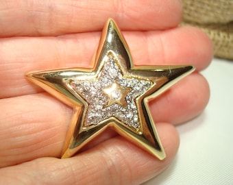 1980s Gold and Silvery Star Pin Set with Rhinestones.