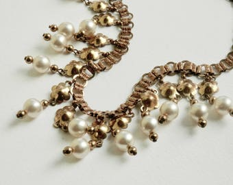 Art Deco Pearl Flower Bookchain Necklace Book Chain Necklace White Pearls Gold Flower Fringe Necklace Art Deco Jewelry Antique Jewelry