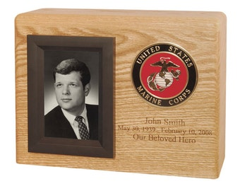 Oak Picture Military Wood Cremation Urn