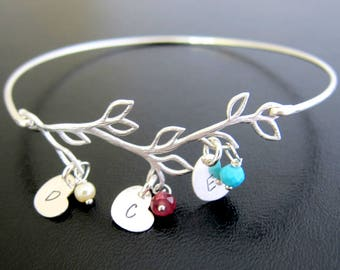 Mom Mother's Day Gift from Son or Daughter, Personalized Mom Bracelet with Birthstones & Kids Initials, Mother's Day Present for Mom Jewelry