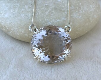 Large Kunzite Statement Necklace-Oval Light Purple Amethyst Necklace- Bold Stone Necklace- Genuine Natural Healing Stone Minimalist Necklace