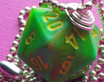 NEW STYLE - Dungeons & Dragons - D20 Die Necklace - Vortex Slime/Yellow