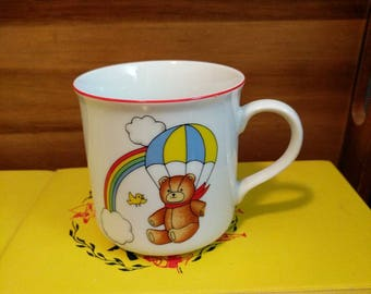 Vintage Tajimi Japan Rainbow Teddy Bear Bird Clouds Parachute Kid Child Mug