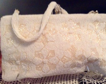 Ladies Safco Vintage wedding/engagement White Beaded purse/handbag