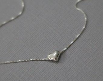 Tiny Sterling Silver Heart Necklace, Minimalist Necklace, Gift for Her, Girlfriend Gift, Choker Necklace, Wedding Necklace, Bridesmaid Gift