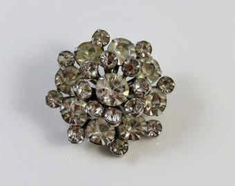 Vintage fashion jewelry brooch pin accessory hollywood regency glam white rhinestone diamante jewel bridesmaid gift bridal wedding starburst