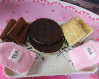 Play Felt Tea & Biscuits Set Including Tray