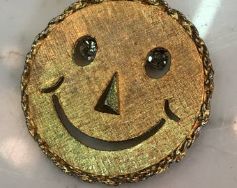Vintage 1960's Goldtone Happy Face Hippie Groovy Necklace