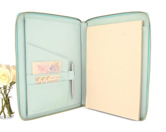 MONARCH- A4 Leather Compendium, Full Leather, Multiple Pockets, Zip Closure, Personalized. Available in different colors.