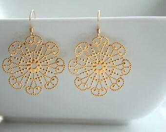 Round Gold Filigree Earrings - FAYE