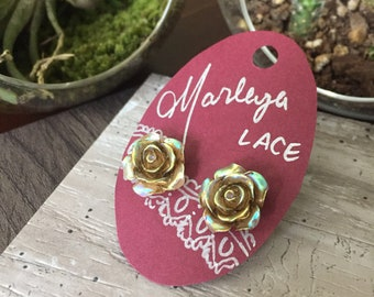 opalescent golden antique rose stud earrings