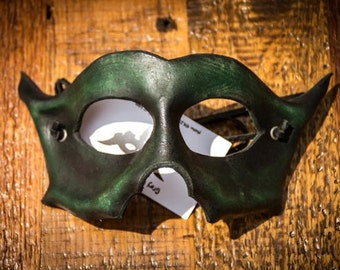 Hand Formed Leather Mask -  The Bandit - Forest Green