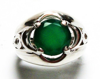 "Green chalcedony, chalcedony ring, green infinity ring, solitaire ring, green   s 6  ""Dreaming in Green"""