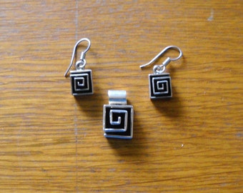 Sterling Silver - Modernist Square Maze Geometric Pendant and Earrings