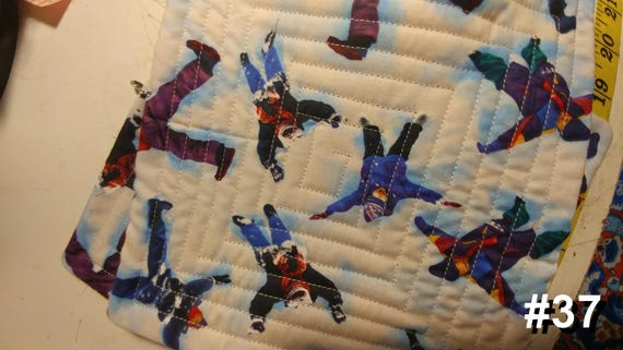 CHARITY (Kids in the snow HOT PAD set of 2 #37)