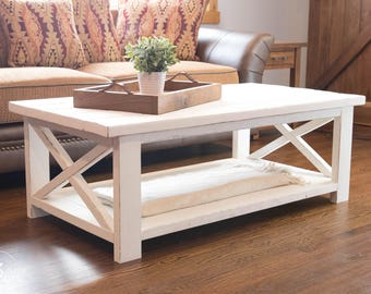 Farmhouse Coffee Table - Distressed White