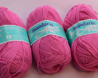 100% Egyptian Cotton in Pink