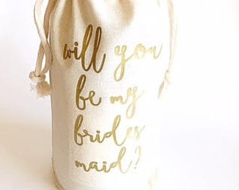 Bridesmaid proposal ideas - Custom font color - Bridesmaid proposal - Wine bag