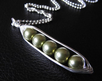 Custom Peas in a Pod Necklace - Personalized Pea Pod - 2 3 4 or 5 Peas in your choice of 24 colors - Pea Pod charm - Custom Mothers Necklace