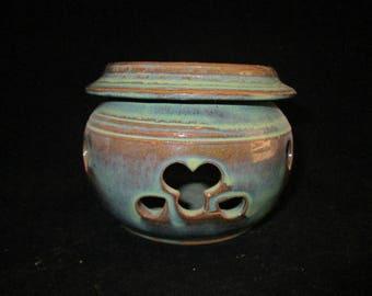 garlic jar in seafoam green, stoneware pottery, dishwasher safe