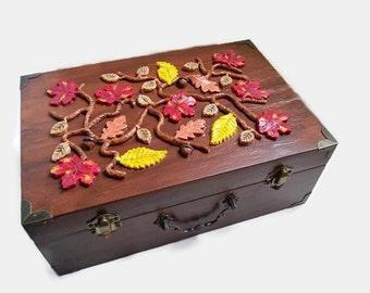 Autumn Leaves Keepsake Box - Jewelry box, men's valet box, autumn wedding card box, autumn decor, red maple leaves, acorns, autumn colors