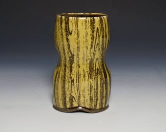 Amber and Walnut Brown Tumbler with Wood Grain Pattern