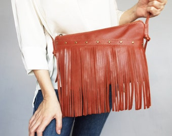 Leather crossbody whiskey color. Leather fringe small purse. Leather cross body cognac bag. Saddle brown leather cross body.