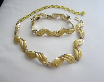 Vintage Designer Signed CORO Yellow Choker Necklace & Bracelet Set