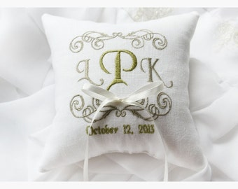 White Wedding pillow , wedding ring pillow ,  ring bearer pillow, embroidery pillow , Personalized  embroidery wedding pillow (R37)
