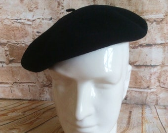 Vintage Beret Hat Tam Authentic French By Splendid Marine Made In France Navy Blue Wool Size 57 / 9 1/2 c 1960s