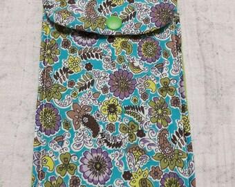 Flower pattern pen cover