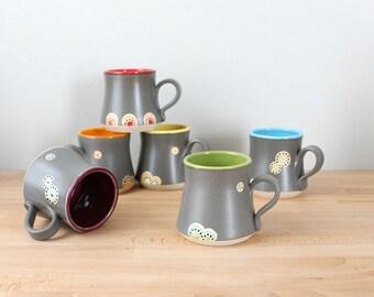 Handgemachte Keramik Becher, Keramik Kaffeetasse, Keramik grün Kaffeebecher, moderne Kaffeetasse, Teetasse, moderne Trinkbehälter, Steinzeug-Becher