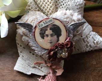 Mom Heart Ornament - Mom Heart Decoration - Victorian Mom Ornament - flair style co - avantcarde