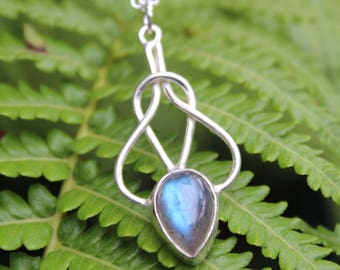 Silver Labradorite Knot Necklace,  Labradorite Transformation Necklace, Labradorite Necklace, Celtic Knot
