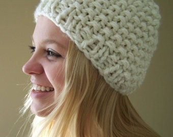 White knitted cap