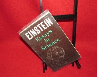Einstein, Essays in Science (Paperback)