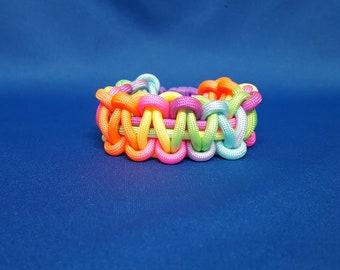 Paracord bracelet, rainbow color, 6 inch, child size
