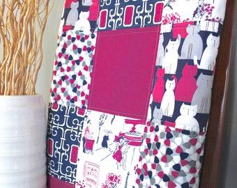 Modern Baby Quilt // Paris France // Cats // Minky Blanket // Toddler Blanket // Nursery Décor // Baby Girl Blanket // Baby Shower Gift