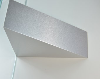 Superbe Corbel Shelf Support   Metallic Finish