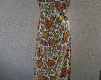 "Bust:  40 - 42"" ** Deadstock Unworn Gorgeous 1950s Linen Floral Dress"