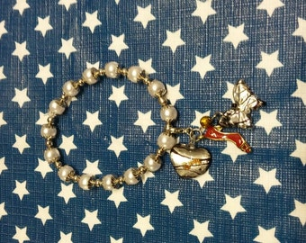 Nice elastic bracelet with charms