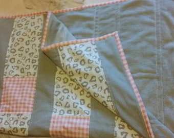 Quilted patchwork cot Baby blanket