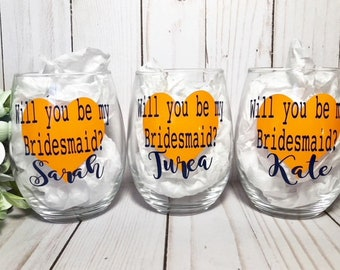 Personalized Wine Glass, Bridesmaid Gift, Bridesmaid Proposal, Will you be my bridesmaid, Asking Bridesmaids, Maid of honor Proposal, bride