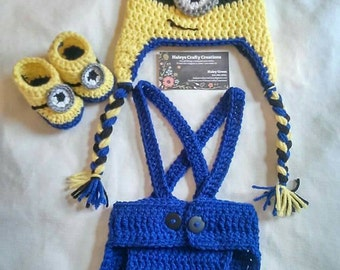Newborn Minion outfit, photography prop, booties, hat, overalls