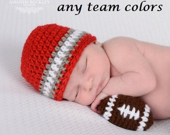 Newborn Football Photo Outfit - Newborn Boy Photo Prop -Custom Baby Football Set - Baby Boy Crochet Oufit - Infant Prop - Infant Crochet Set
